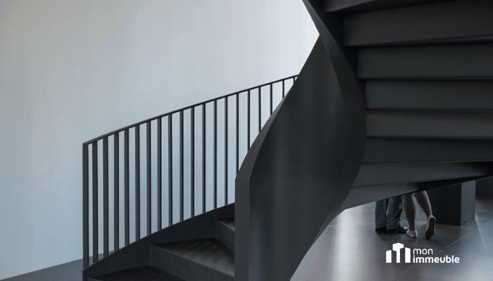 Utilité des services communs : répartition des frais d'entretien des escaliers