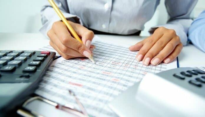 Approbation des comptes et exigibilité des charges