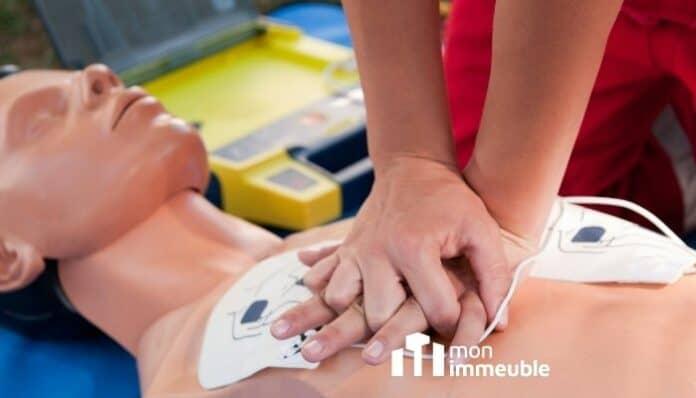 Défibrillateurs automatisés : Foncia multiplie la pose dans les copropriétés