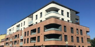 Façade dépolluante : un immeuble doté d'un procédé par photocatalyse